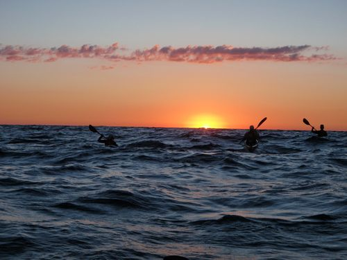 Dawn in the middle of Lake Michigan (photo B.Burton)