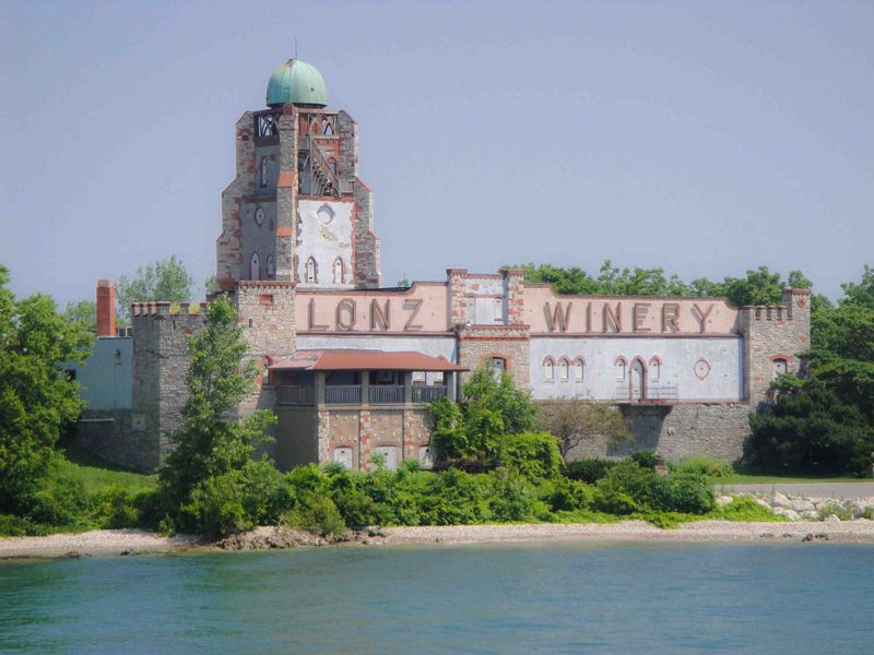 Lake Erie Lonz