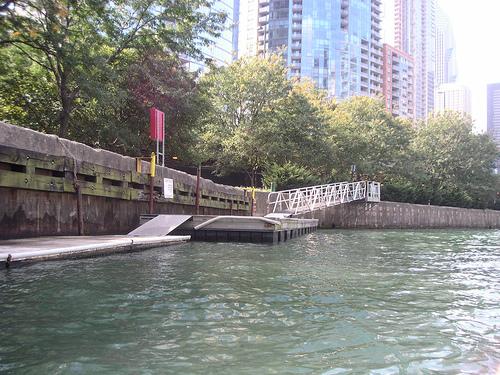 Chicago River Rowing & Paddling Center Landing