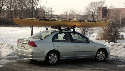 Car_kayak_and_snow