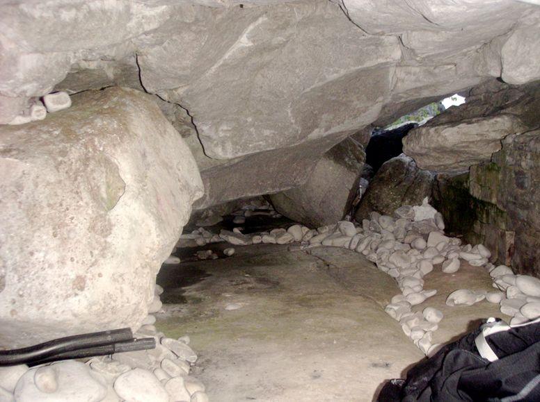 Sleeping_cave