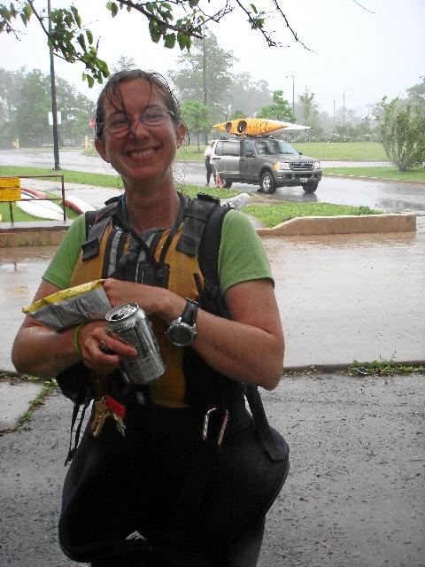 10munchies_in_the_rain